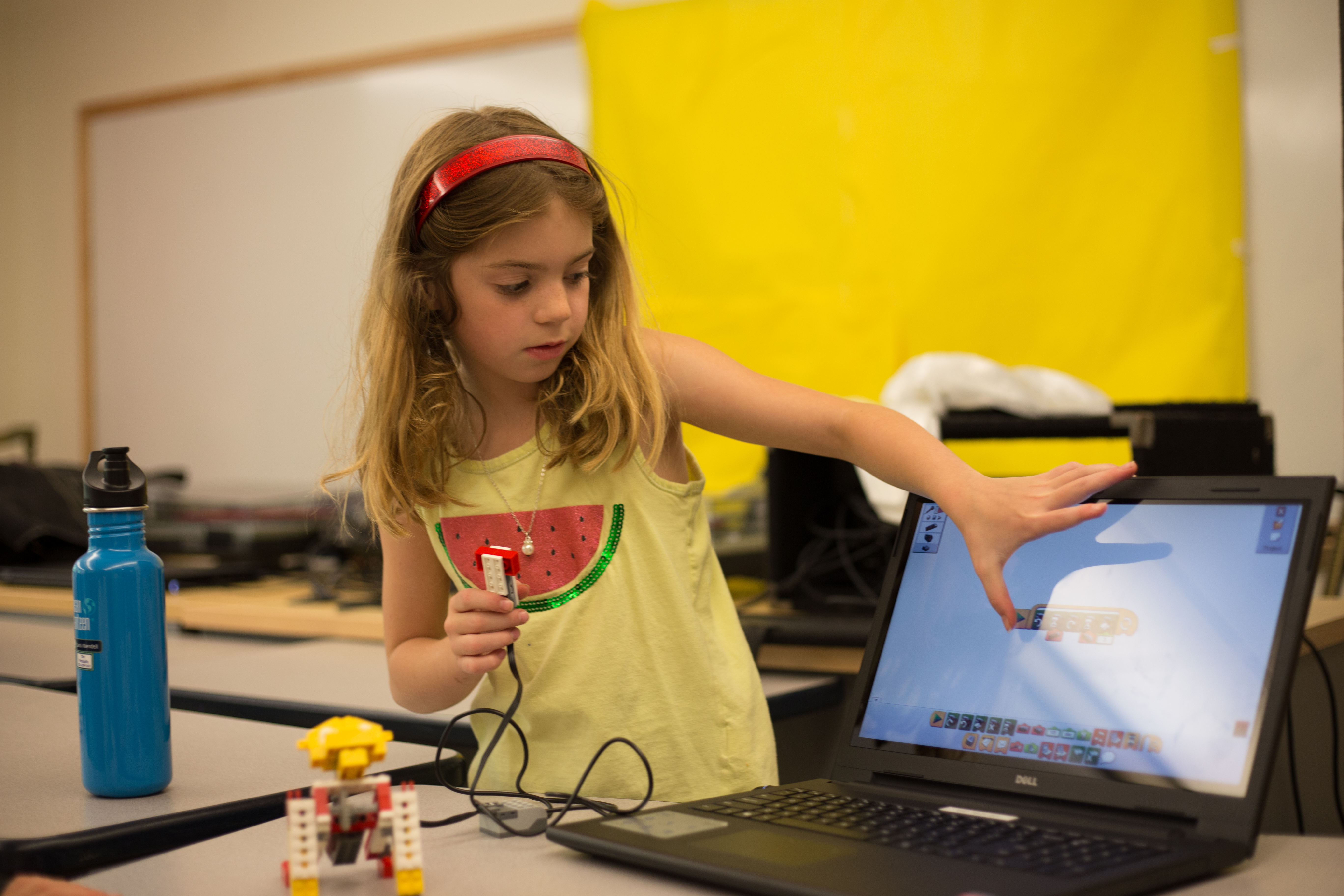 Engineers In Jr Robotics And Extreme Minecraft Esf Summer Camps